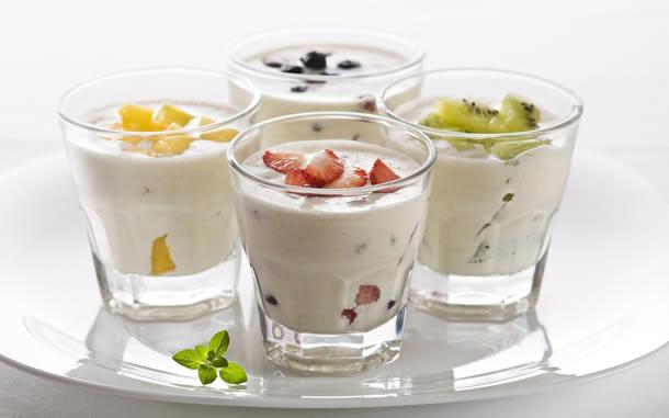 Dieta cu fructe si iaurt, incepe sa slabesti cu aceasta dieta de detoxifiere