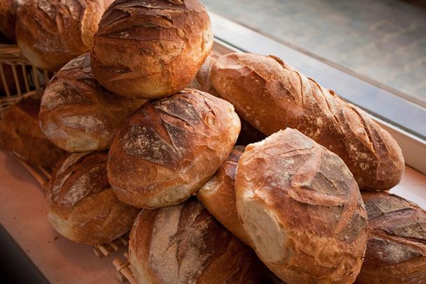 Dieta pe baza de paine recomandata de Niculina Stoican