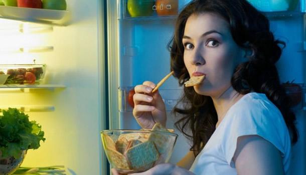 Cum sa iti opresti pofta de mancare din timpul noptii